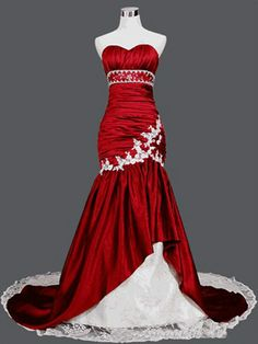 """me:""""Mom I really want to go to prom as a carpet this year :c"""""""