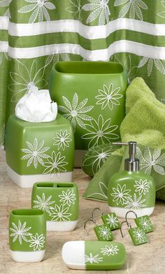 DAISY STITCH FLOWER PRINT 6 PIECE BATHROOM ACCESSORY SET   LIME GREEN