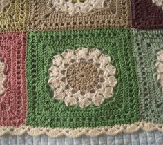 The blanket is fabulous and the border finishes it off perfectly! It is based on the Flower Burst Square by Chris Simon, a simple design that is simply beautiful. This block is easy to make and pretty and looks a lot different with different color combinations, however I love the soft colors in the featured …