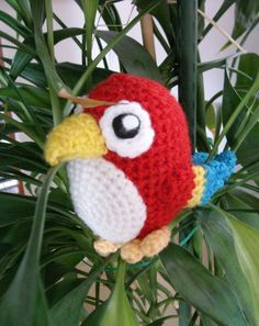 Sun and Moon Amigurumi: Häkelanleitung Papagei // Crochet free pattern Parrot Crochet Parrot, Crochet Birds, Cute Crochet, Crochet For Kids, Beautiful Crochet, Crochet Amigurumi, Amigurumi Patterns, Crochet Dolls, Crochet Patterns