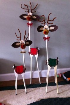 Find More Inspirations About Wood Reindeer Crafts Ideas Wooden Christmas Decorations, Christmas Wood, Homemade Christmas, Christmas Projects, Kids Christmas, Golf Decorations, Whoville Christmas, Christmas Thoughts, Reindeer Christmas