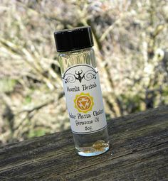 Solar Plexus Chakra Gemstone Oil with Citrine  by MoonlitHerbals