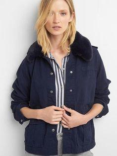 Gap Detachable faux-fur collar utility jacket