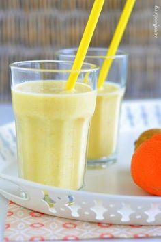 New Recipes Smoothie Healthy Orange Juice Ideas Smoothie Fruit, Smoothie Bowl, Healthy Smoothies, Smoothies Detox, Water Recipes, New Recipes, Sweet Recipes, Healthy Recipes, Juice Recipes