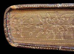 Libro con cantos decorados (dorados y gofrados)