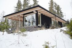 Why You Should Consider Buying a Log Cabin - Rustic Design Modern Tropical House, Tropical Houses, Cabin Design, House Design, Cabana, Exterior Doors With Glass, Cabin In The Woods, Concrete Houses, House Blueprints