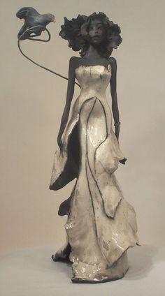 Miss corbeau ce n'est pas en papier mais une jolie inspiration...