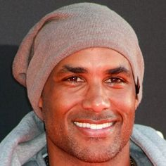 HAPPY 45th BIRTHDAY to BORIS KODJOE!! 3 / 8 / 2018 Television and film actor who became known for his role in the 2009 film Surrogates and for playing Luther West in the Resident Evil films. He gained additional fame for his roles in Madea's Family Reunion and Starship Troopers 3: Marauder.