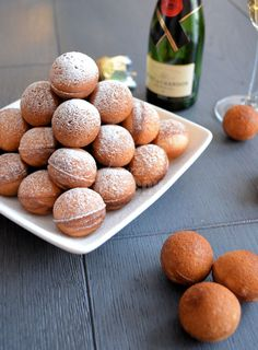 Champagne cake pops (recipe) for New Year's Eve