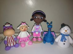 Dr Mcstuffins and friends cake topper Doctor Mcstuffins, Friends Cake, Wedding Cake Toppers, Birthdays, Cooking Recipes, Cakes, Christmas Ornaments, Holiday Decor, Mini