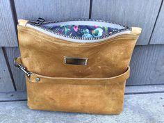 Leather Convertible Bag von smacdesigns auf Etsy