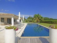 Nice modern villa only 800m to the center #Grimaud  Close by the Village , Stunning contemporary villa , 280 sqm living space on a plot of 3500 sqm with swimming pool.  This recent villa, built in 2010 offers:  - entrance / dressing - Guest toilets - Large Living / dining room with fire place - Open equiped kitchen - Master bedrooms ensuite https://aiximmo.ch/?p=220826  #frenchriviera #cotedazur #mallorca #marbella #sainttropez #sttropez #nice #cannes #antibes #montecarl