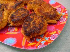 Sprøde, lette linsefrikadeller. Disse vegetarfrikadeller kan serveres som en del af et vegetarmåltid eller som tilbehør til en kødret.