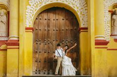 www.olanfoto.com #olanfoto #wedding #boda #weddingdestination #bride #novia #trashthedress #chiapas