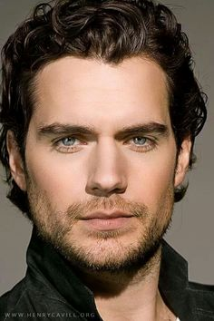 Henry Cavill May Christopher Reeve as Superman was my first girlhood crush. Was not prepared to fall in love with Superman all over again. Pretty People, Beautiful People, Eye Candy, Man Of Steel, Christian Grey, Good Looking Men, Gorgeous Men, Dead Gorgeous, Absolutely Gorgeous