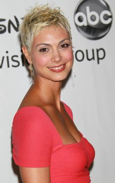 Morena Baccarin with short platinum hair.