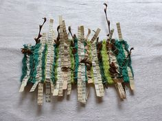 story with twigs woven story with twigs. Ines Seidelwoven story with twigs. Paper Weaving, Weaving Art, Weaving Patterns, Tapestry Weaving, Textile Fiber Art, Textile Artists, Atelier D Art, Weaving Projects, Weaving Techniques