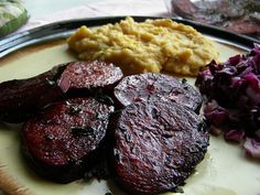 Pečená řepa s červenou čočkou a polentou Polenta, Food Inspiration, Steak, Healthy Eating, Beef, Recipes, Eating Healthy, Meat, Healthy Nutrition