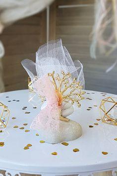 Διάλεξε χρυσό δέντρο για να δώσεις ακόμα πιο elegant διάθεση. Βρες το εύκολα πατώντας στην εικόνα.  #mpomponieres #mpomponieresgamou #weddingfavors #goldweddingfavors #μπομπονιερες #μπομπονιερεςγαμου #χειροποιητεςμπομπονιερες #goldwhitewedding #elegantweddingdecor #elegantweddingdecoration #weddinginspiration #goldwedding #γαμος #διακοσμησηγαμου #γαμος2020 #wedding2020 #barkasgr #barkas #afoibarka #μπαρκας #αφοιμπαρκα #imaginecreategr Wedding Inspiration, Wedding Ideas, Dream Wedding, Wedding, Wedding Ceremony Ideas