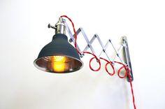 Industrial Scissor Articulating Wall Lamp Light - Fully Dimmable Light Socket - Steampunk Lamp - Mirrored Dark Gray Shop Light & Shade op Etsy, 110,42€