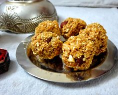 With changing times we need to jazz up the conventional sweets and give it a healthy twist. Here are some healthy yet yummy Diwali Mithai recipes to gratify your taste buds. Diwali Mithai, Diwali Recipes, Diwali Food, Foods To Eat, Taste Buds, Muffin, Food And Drink, Sweets, Traditional