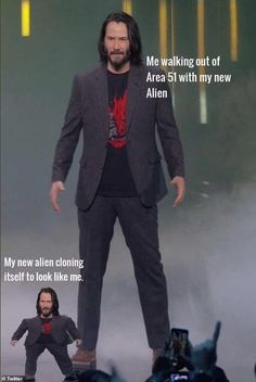 More than people have signed up to storm area 51 to see aliens that are hidden there. Check out the top 25 area 51 memes of 2019 below. Keanu Reeves Meme, Memes Humor, Funny Memes, Ironic Memes, Funny Captions, Dog Memes, Funny Fails, Area 51, Haha Funny