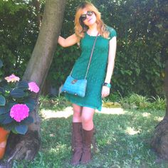 Lace green dress & nature!