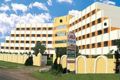 www.laricaholidayinn.com is the best hotel in digha. We believe it is our privilege to offer an ambiance so relaxed and warm to be in the comfort of home.