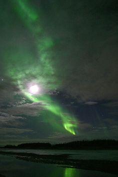 "Knik Nver, Alaska ~ Aurora-Borealis   Full Moon ""Scott Mgee"""