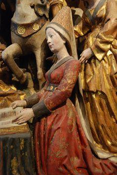 Retable - Musées Royaux d'Art et d'Histoire in Brussels, Belgium---info on houppelandes