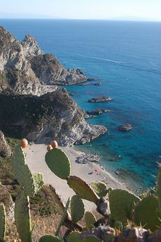 Capo Vaticano, one of the small beaches under the lighthouse, Calabria, Italy | Flickr - Photo Sharing!