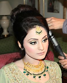 I LIKE THIS SONG --- Airbrush Arabic Wedding Reception Makeup, Henna, and Hair by Adiba