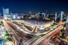 지구로 불시착한 우주선을 닮은 서울 동대문디자인플라자의 마법같은 야경 (제42회 관광사진공모전 황선영님 작품)