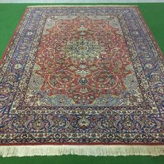 Catawiki Online-Auktionshaus: Persischer Isfahan, 360 x 262 cm Bohemian Rug, Rugs, Home Decor, Persian Carpet, Farmhouse Rugs, Decoration Home, Room Decor, Home Interior Design, Rug