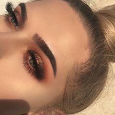 Glittery Smokey Eye Makeup Look - Makeup Eye Makeup Blue, Smokey Eye Makeup Look, Bronze Eye Makeup, Eyeshadow Looks, Skin Makeup, Beauty Makeup, Huda Beauty, Fall Eye Makeup, Neutral Eye Makeup