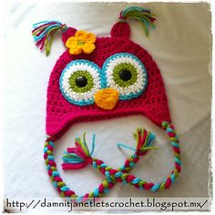Free.. read project notes for the ears, eyes, nose, flower.. RAVELRY