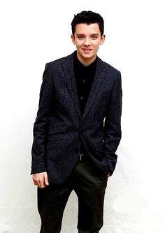 Asa Butterfield. Hugo, Merlin, The Boy in Striped Pajamas, Ender's Game, this kid is awesome! :))