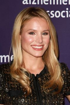 Kristen Bell  You just never know, who in the crowd, standing beside you in line or passing you in the street, might be raised in spirit, or even lifted from despair, by the kindness in your glance or the comfort of your smile.