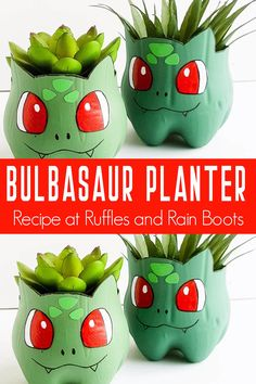 This Bulbasaur planter is too cute! It's perfect for a quick craft for any Pokemon fan or even before watching the new Detective Pikachu movie! Festa Pokemon Go, Pokemon Party, Pokemon Birthday, Pokemon Room, Pokemon Craft, Easy Pokemon, Pokemon Fan, Pokemon Fusion, Pokemon Diys