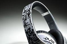 Monster Beats Studio Graffiti Headphones Diamond White_02.jpg (500×332)