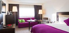 Lit king size dans la chambre Deluxe de l'Hotel Pullman Aeroport de Marseille | France   #France #Marseille #Hotel #Chambre #Bedroom