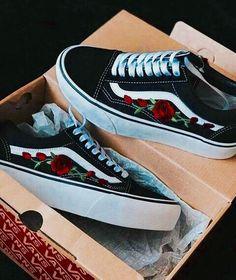 Imagen de vans, shoes, and rose
