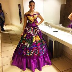Santitos & Angelitos : Photo Mexican Fashion, Mexican Outfit, Mexican Dresses, Spanish Fashion, Charro Outfit, Charro Dresses, Mexican Quinceanera Dresses, Robes Quinceanera, Quince Dresses