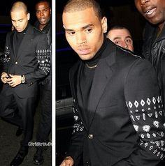 """Chris brown """" suited up look"""
