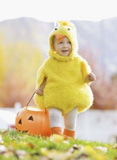 Look at these adorable Halloween costumes! - Get great prices on this huge selection of Halloween costumes for the kids.