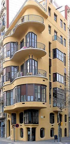 Barcelona - Diagonal 332 c 1  Casa Planells   1924   Architect: Josep Maria Jújol i Gibert