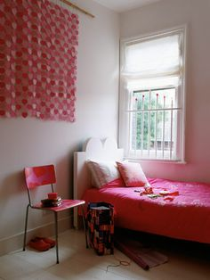 Girl Room Decorated With Hearts...Discover more decor and organizing ideas for babies to teens @ http://kidsroomdecorating.net