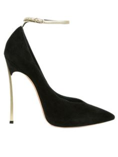 Spring 2013 Shoe Report: 50 Chic Pairs: Black Out