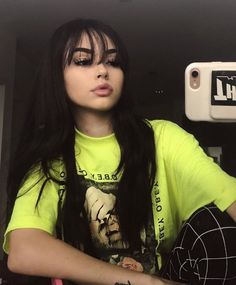 maggie lindemann discovered by vanessa on We Heart It New Hair, Your Hair, Curly Hair Styles, Wispy Bangs, Front Bangs, Maggie Lindemann, Girls Makeup, Mode Outfits, Tumblr Girls