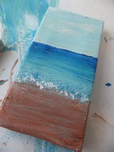 Miniature Sea Paintings l DIY Beach Crafts l www.CarolinaDesigns.com